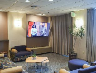 Indoor apartment amenities resident lounge in Hartford